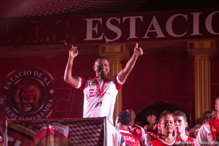 Final de samba-enredo3.jpg